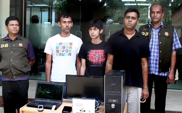 three_bangladeshi_bloggers_arrested_for_offending_islam_11